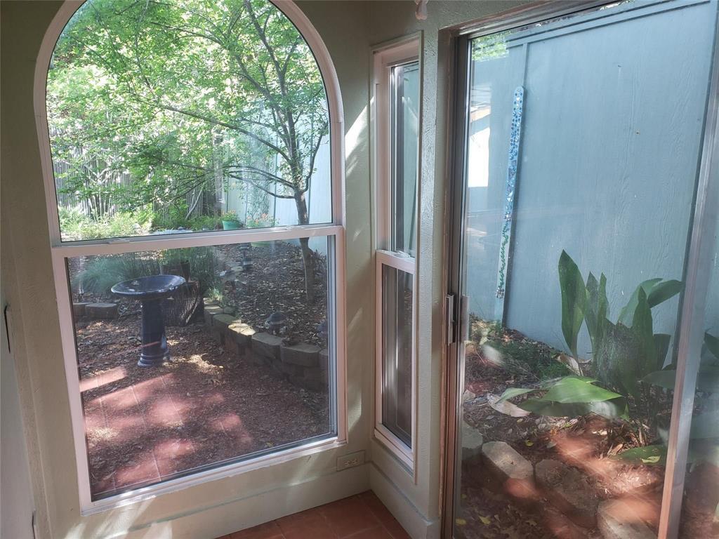 Sold Property | 1607 Hawthorne Drive Arlington, Texas 76012 8