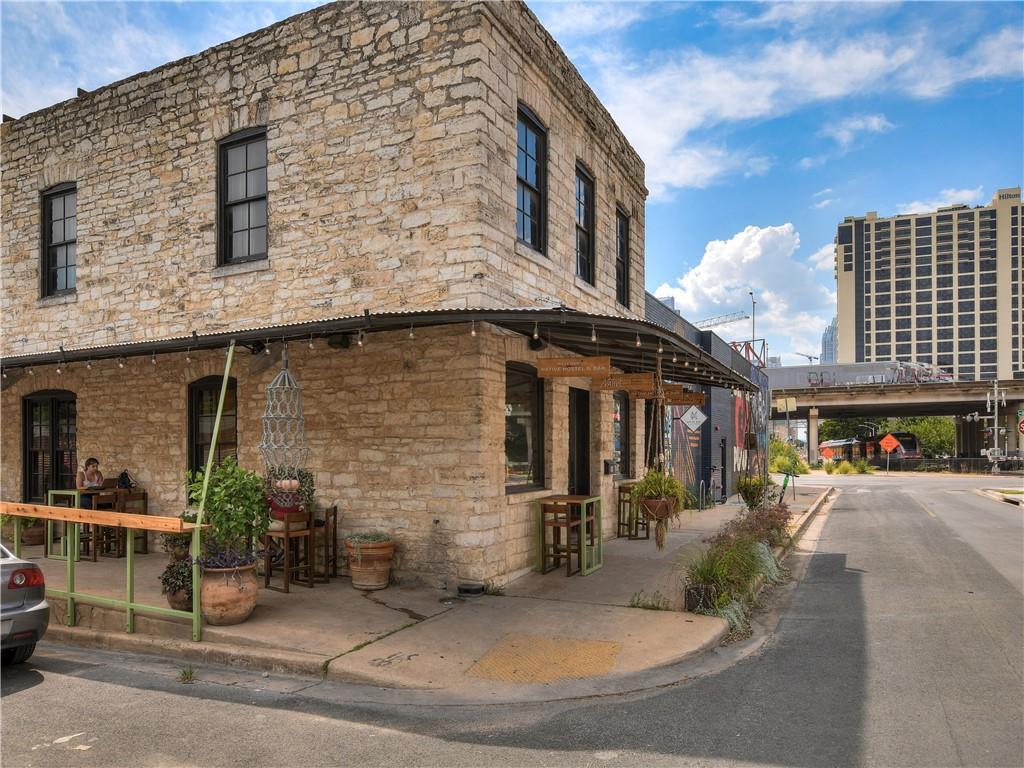 Active | 800 Embassy  Drive Austin, TX 78702 29
