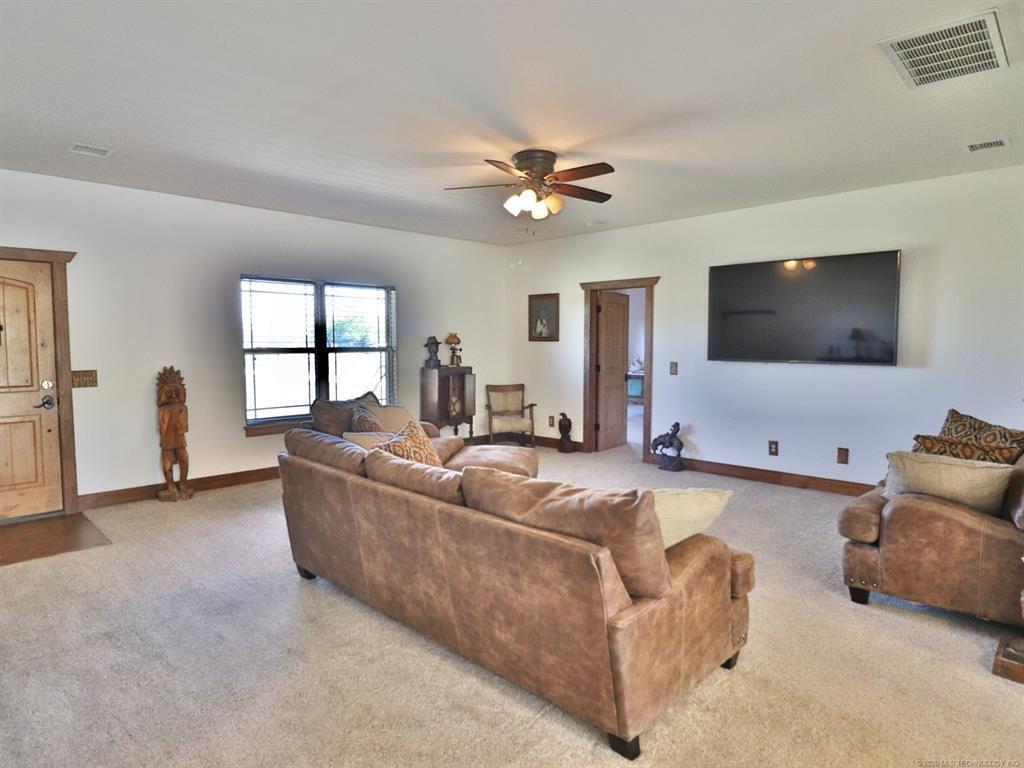 Active | 11700 N 52nd West Avenue Skiatook, Oklahoma 74070 10