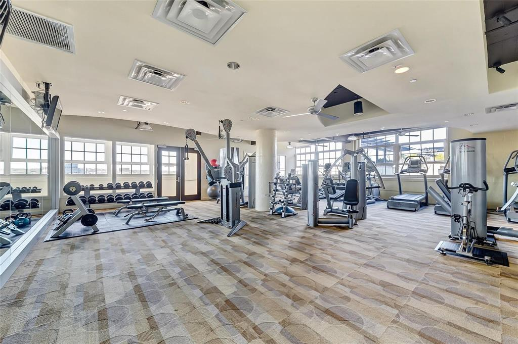 Active | 2600 W 7th  Street #1525 Fort Worth, TX 76107 35