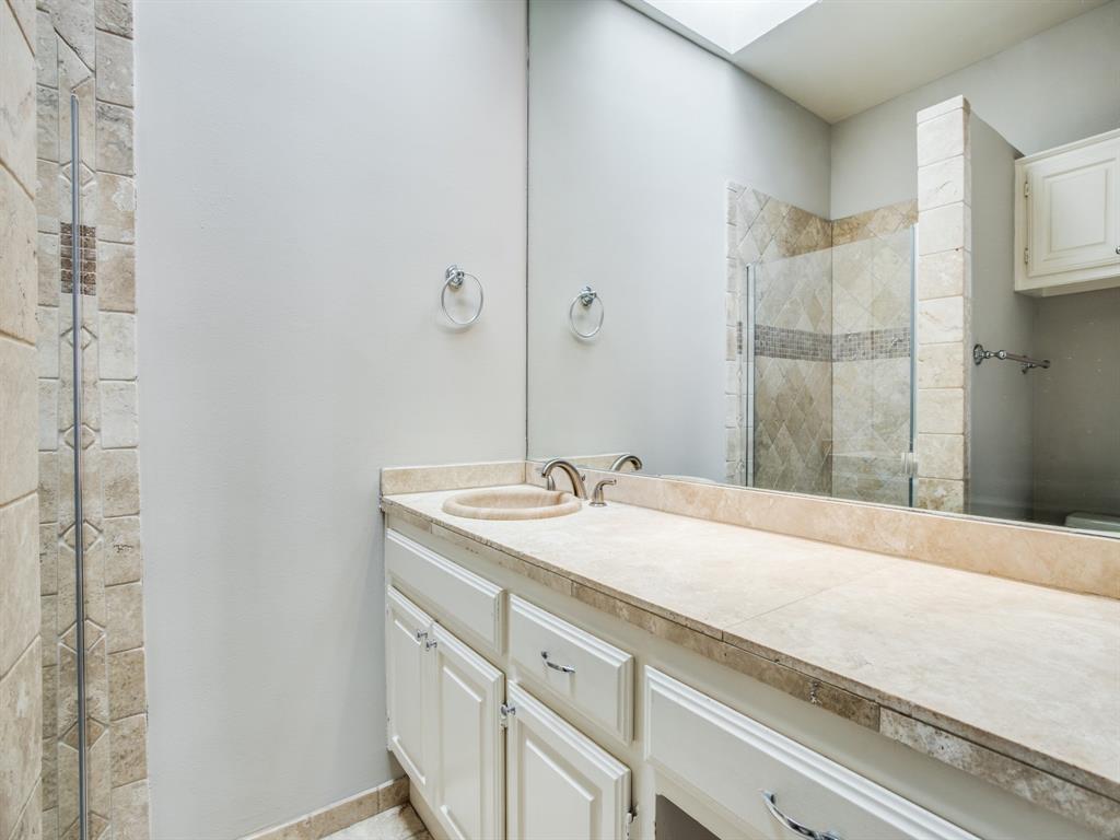 luxury condo uptown dallas | 3906 Buena Vista  Street #15 Dallas, TX 75204 14
