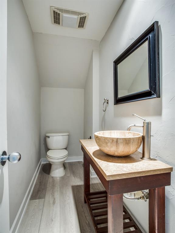 luxury condo uptown dallas | 3906 Buena Vista  Street #15 Dallas, TX 75204 7