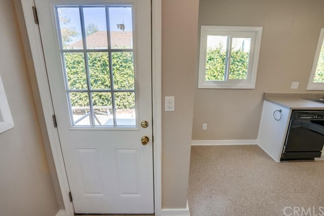 Closed | 581 N 4th  Avenue Covina, CA 91723 35