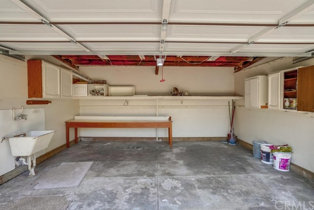 Closed | 581 N 4th  Avenue Covina, CA 91723 49