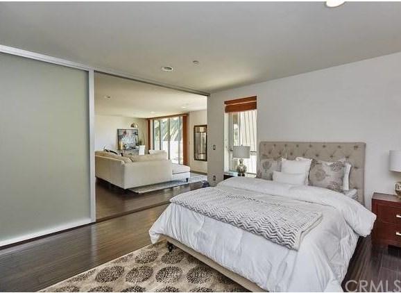 Active | 1544 7th  Street #12A Santa Monica, CA 90401 9