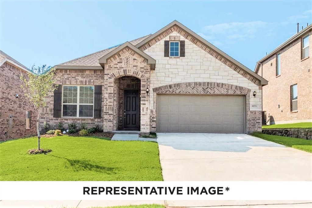 Pending   814 Stamford  Avenue Arlington, TX 76002 0