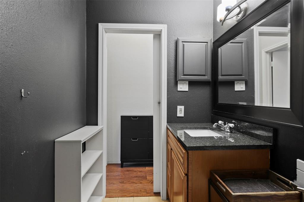 Active Option Contract | 8545 Midpark  Road #1 Dallas, TX 75240 27