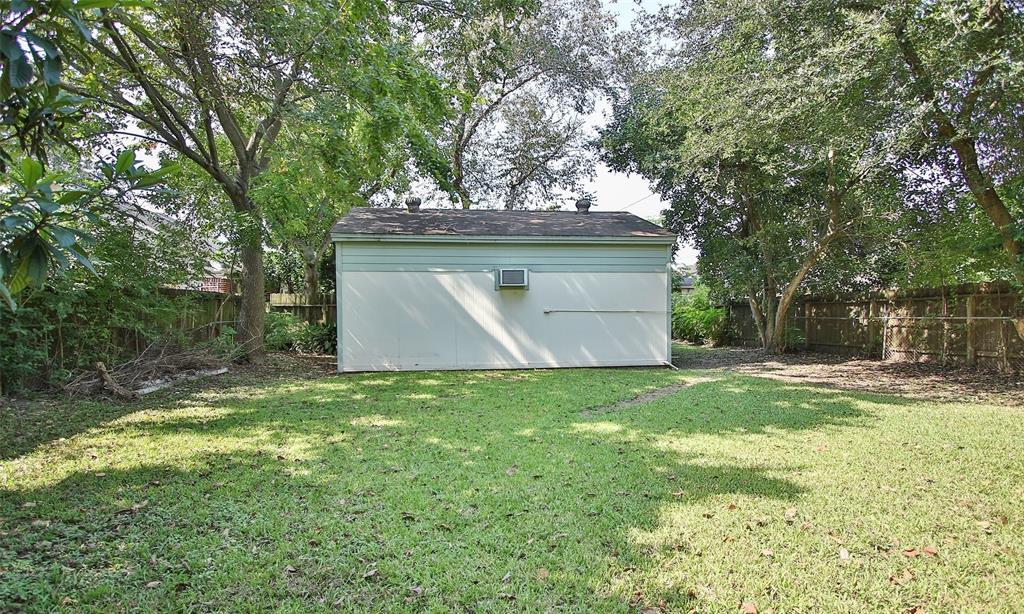 Active   8246 Howard Drive Houston, Texas 77017 31