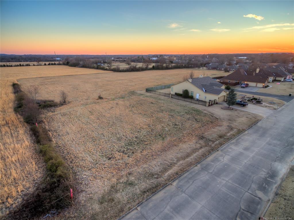 Off Market | 9801 Gawf Lane Muskogee, Oklahoma 74401 1