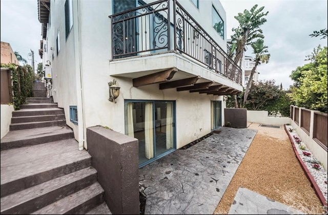 Active | 1918 Gates  Avenue #A Redondo Beach, CA 90278 2