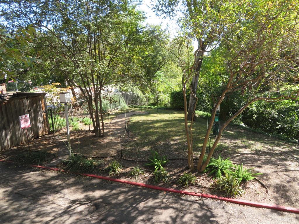 Active | 4837 Cedar Springs  Road #112 Dallas, TX 75219 22