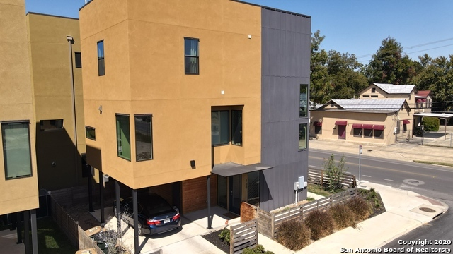 Active Option | 139 LOTUS ST San Antonio, TX 78210 11