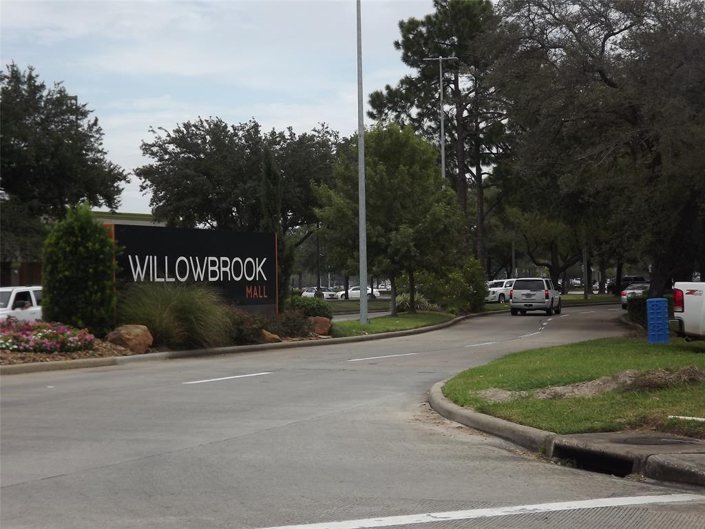 Off Market | 11914 Cypresswood Drive Houston, Texas 77070 24