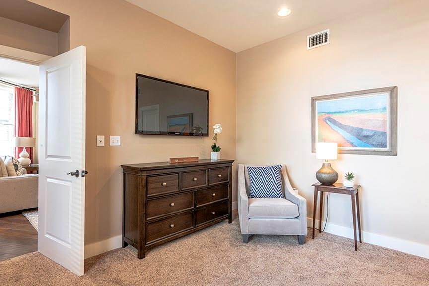 Active | 411 W 7th Street #206 Fort Worth, Texas 76102 13