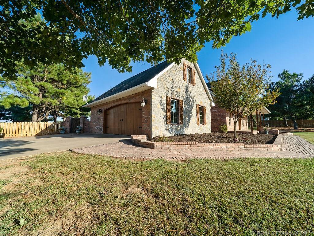 Active | 18405 S 4190 Road Claremore, Oklahoma 74017 8