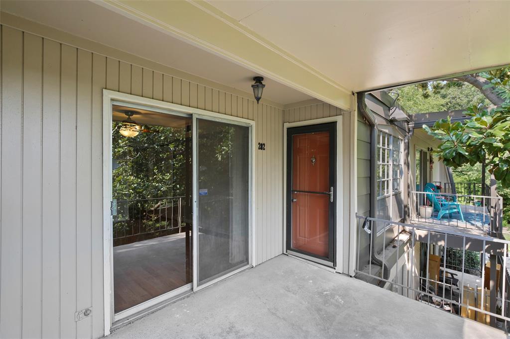 Sold Property | 5212 Fleetwood Oaks Avenue #202 Dallas, Texas 75235 23