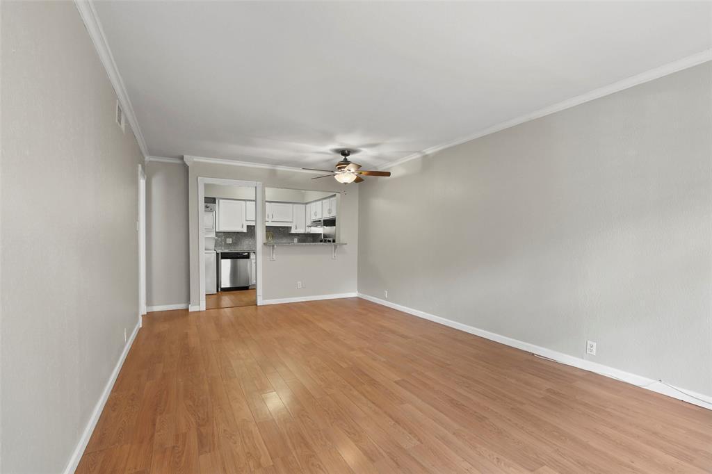 Sold Property | 5212 Fleetwood Oaks Avenue #202 Dallas, Texas 75235 9