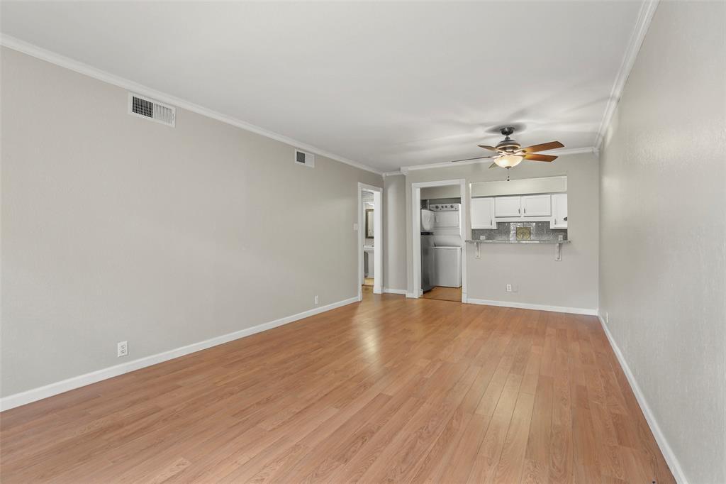 Sold Property | 5212 Fleetwood Oaks Avenue #202 Dallas, Texas 75235 10