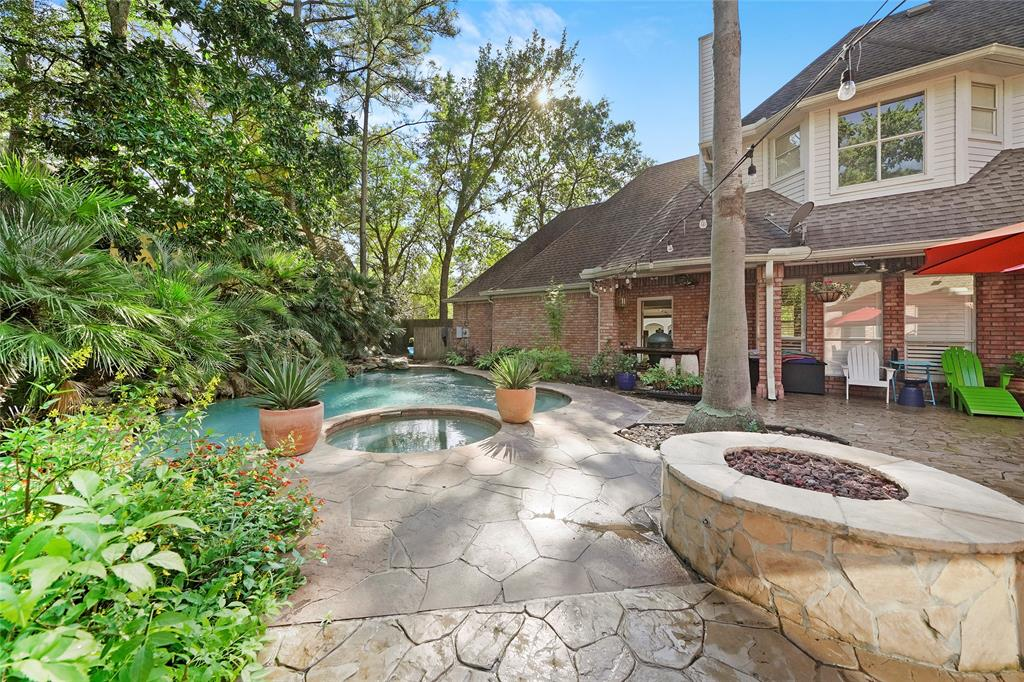 Active | 38 Eagle  Terrace The Woodlands, TX 77381 41