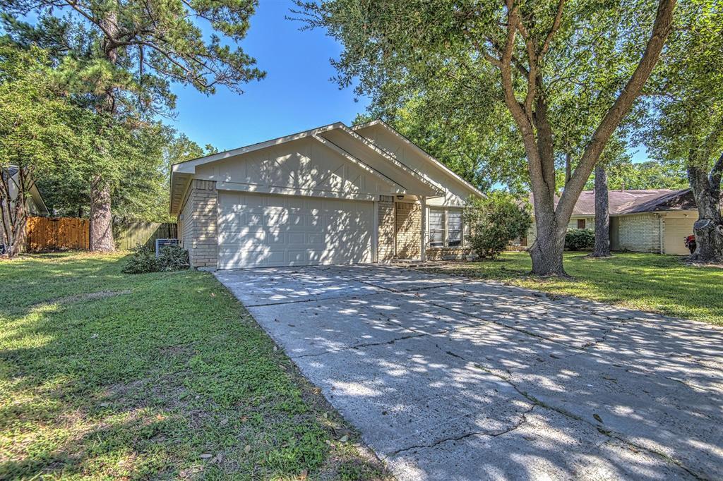 Option Pending | 9422 Charter Ridge  Drive Houston, TX 77070 2