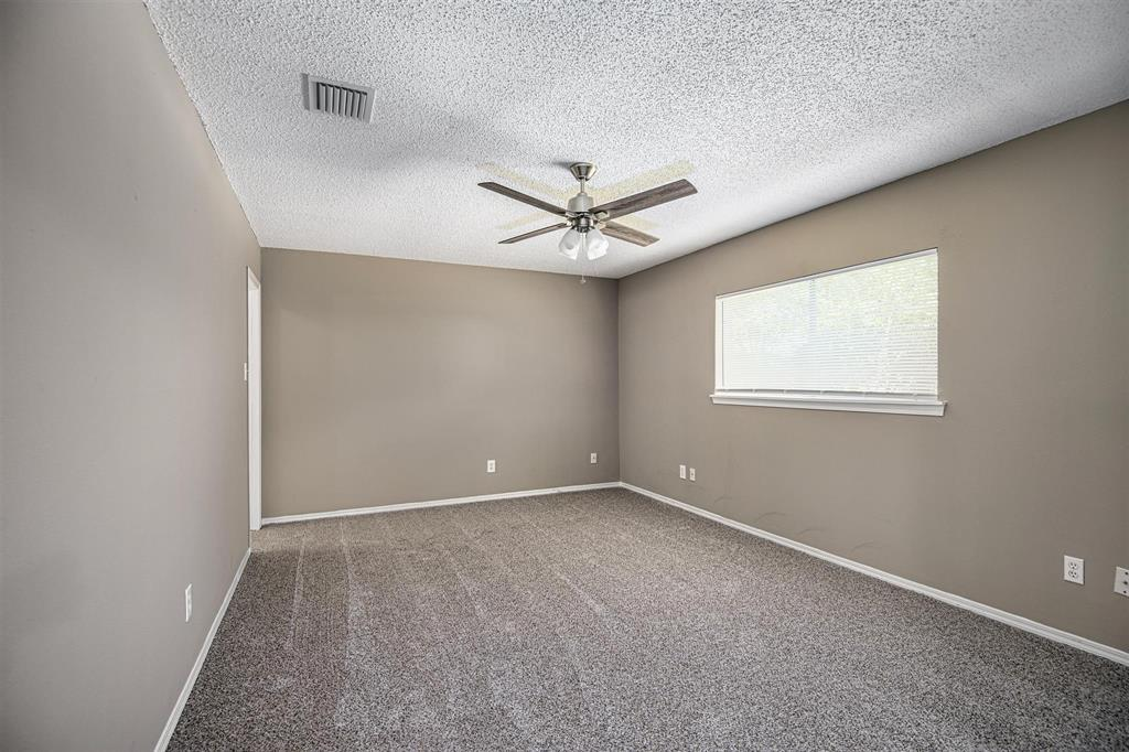 Option Pending | 9422 Charter Ridge  Drive Houston, TX 77070 18