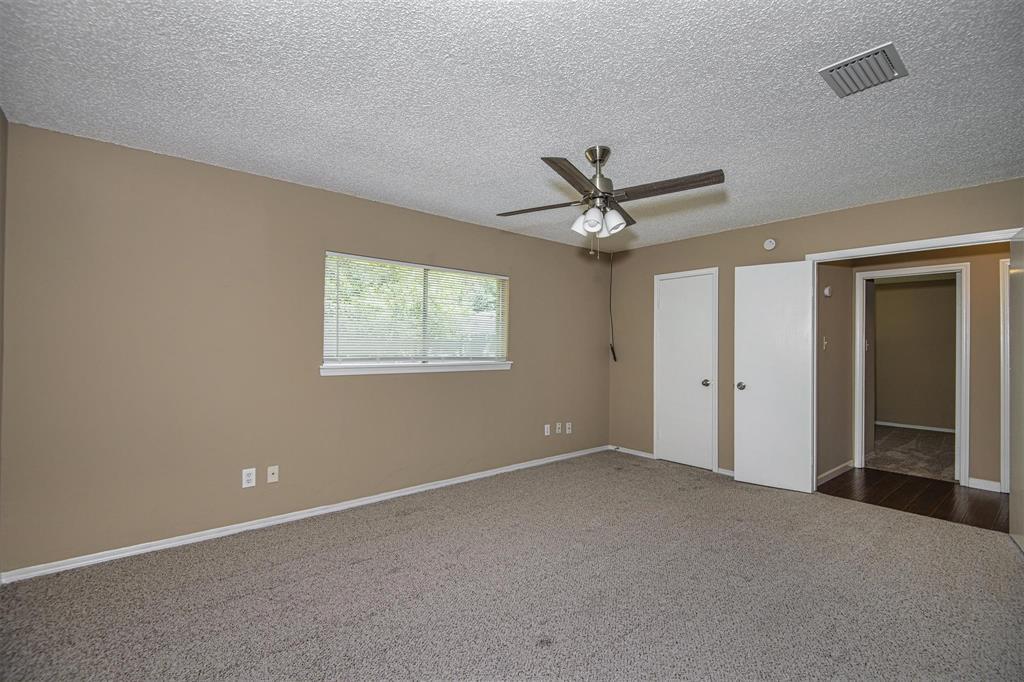 Option Pending | 9422 Charter Ridge  Drive Houston, TX 77070 21