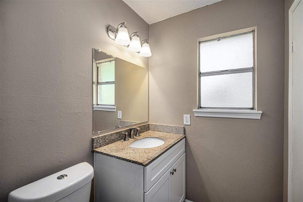 Option Pending | 9422 Charter Ridge  Drive Houston, TX 77070 23