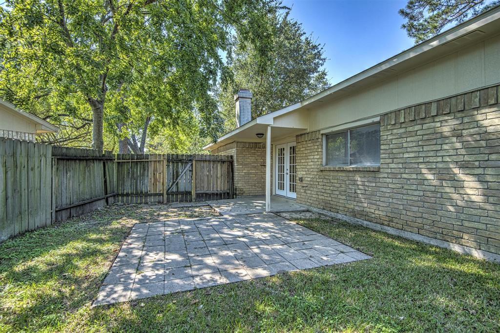 Option Pending | 9422 Charter Ridge  Drive Houston, TX 77070 26