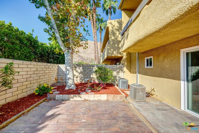 Closed   1950 S Palm Canyon Drive #123 Palm Springs, CA 92264 20