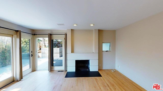 Closed | 641 25TH Street Hermosa Beach, CA 90254 3