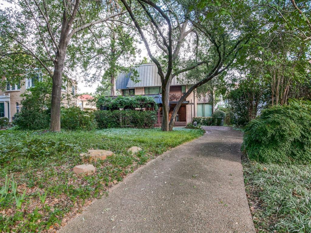Sold Property | 6949 Lakewood Boulevard Dallas, Texas 75214 1
