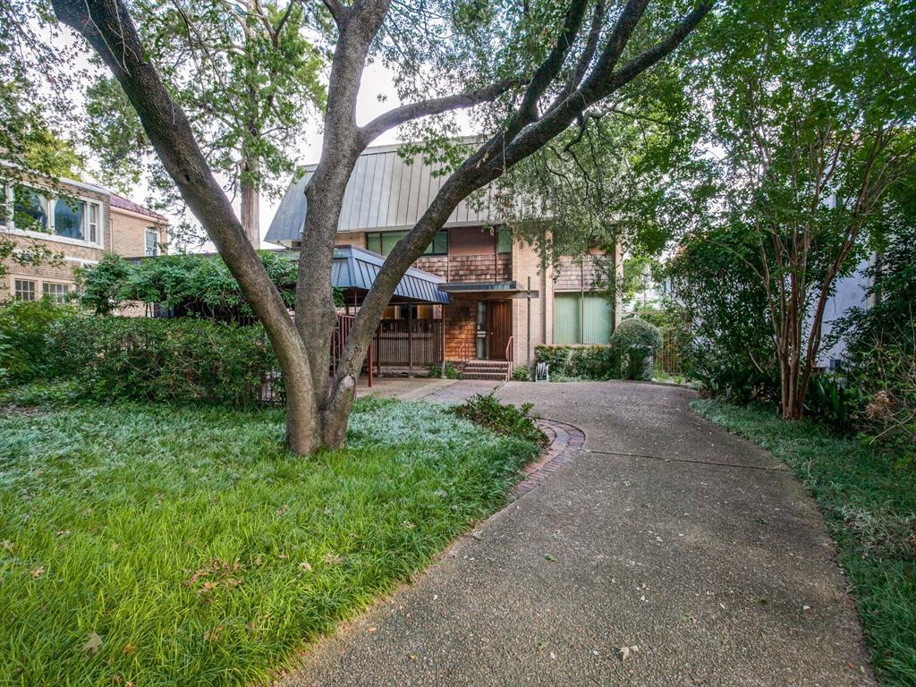 Sold Property | 6949 Lakewood Boulevard Dallas, Texas 75214 2