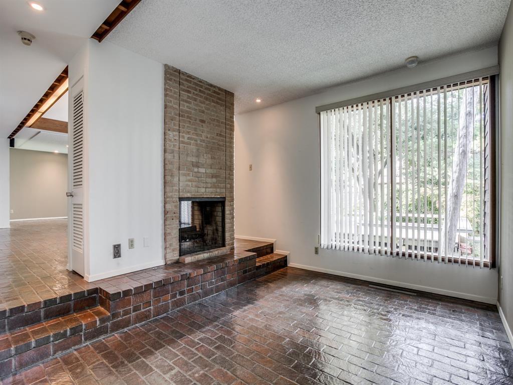 Sold Property | 6949 Lakewood Boulevard Dallas, Texas 75214 12