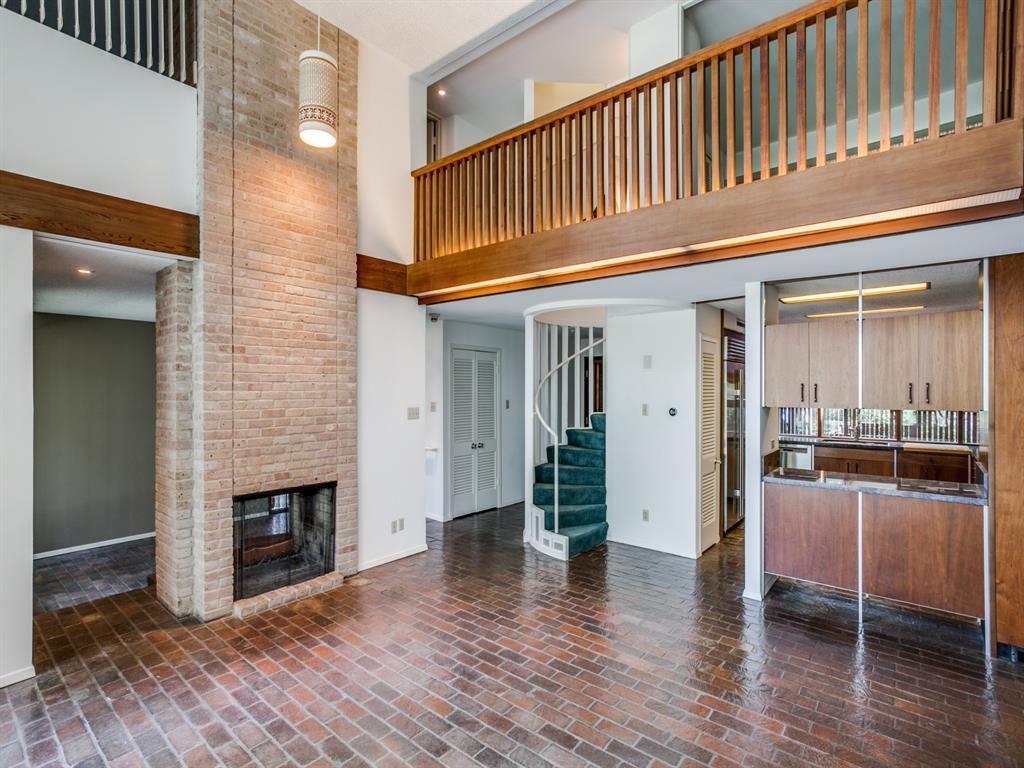 Sold Property | 6949 Lakewood Boulevard Dallas, Texas 75214 5