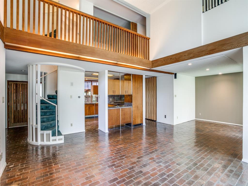 Sold Property | 6949 Lakewood Boulevard Dallas, Texas 75214 8