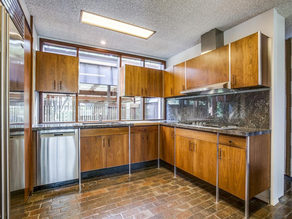Sold Property | 6949 Lakewood Boulevard Dallas, Texas 75214 10