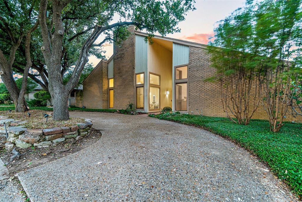 Pending | 6518 Brentfield  Drive Dallas, TX 75248 4
