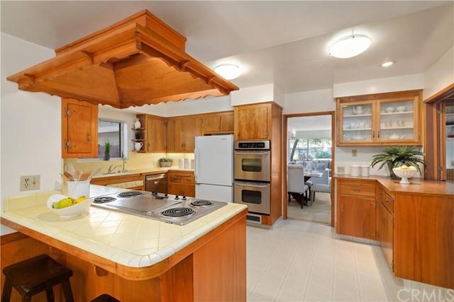 Pending | 208 Oak Tree  Drive Glendora, CA 91741 16