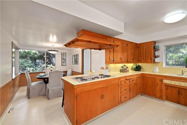 Pending | 208 Oak Tree  Drive Glendora, CA 91741 17