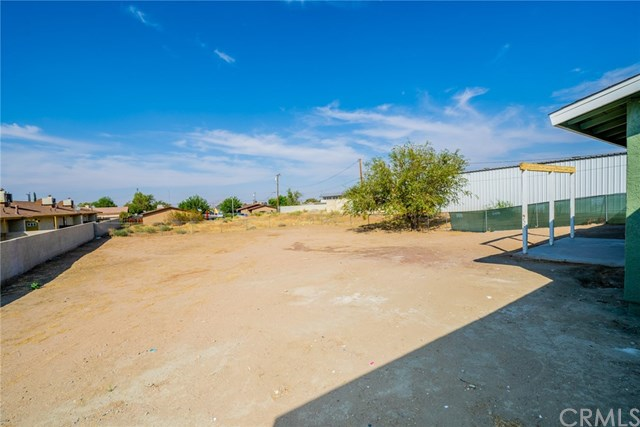 Active | 15574 Bear Valley  Road Victorville, CA 92395 27