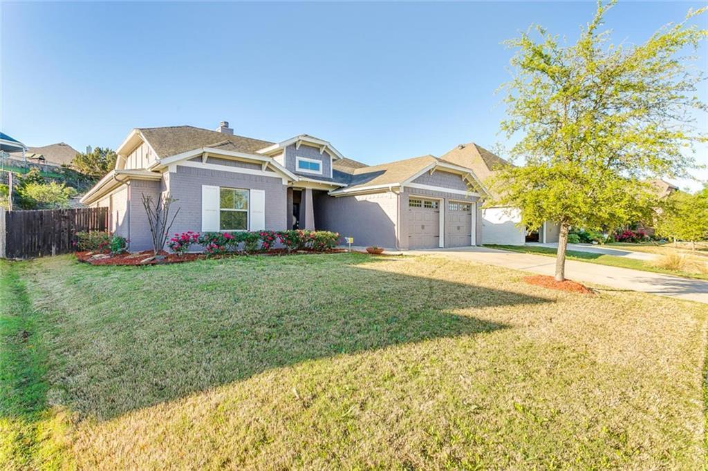 Sold Property | 529 Magnolia Parkway Benbrook, Texas 76126 1