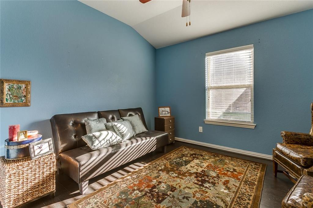 Sold Property | 529 Magnolia Parkway Benbrook, Texas 76126 14