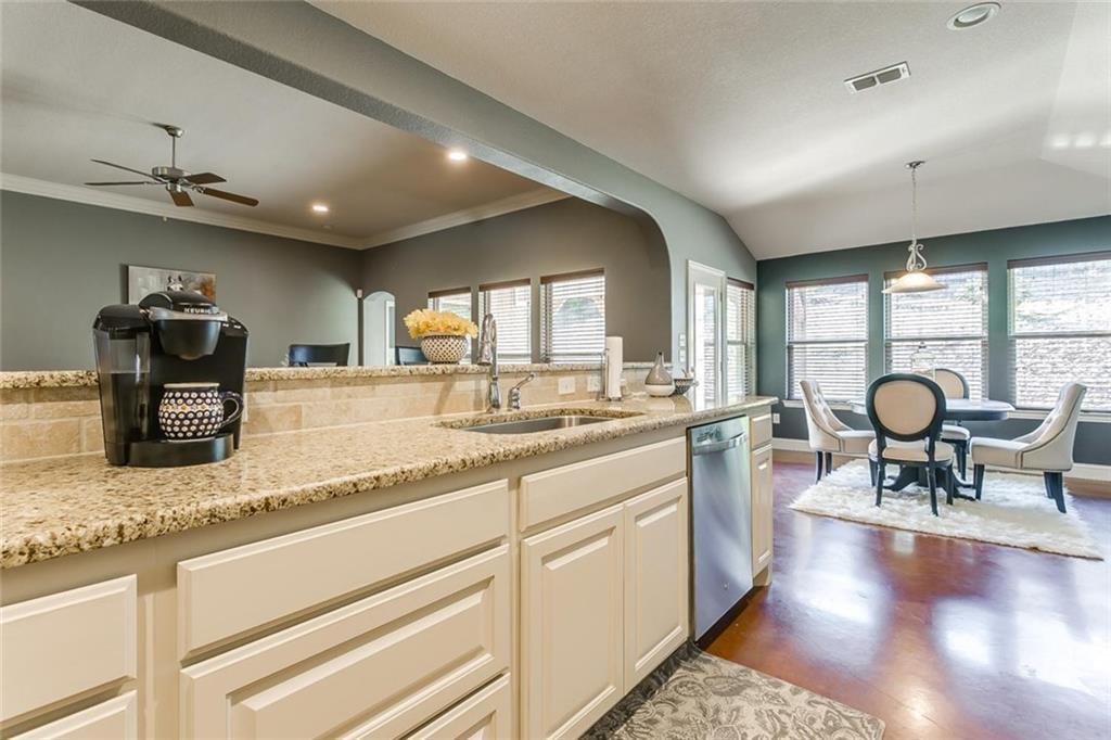 Sold Property | 529 Magnolia Parkway Benbrook, Texas 76126 29