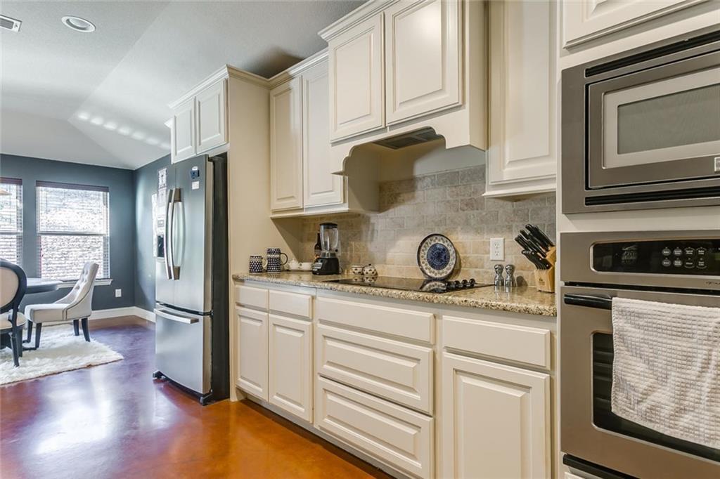 Sold Property | 529 Magnolia Parkway Benbrook, Texas 76126 30