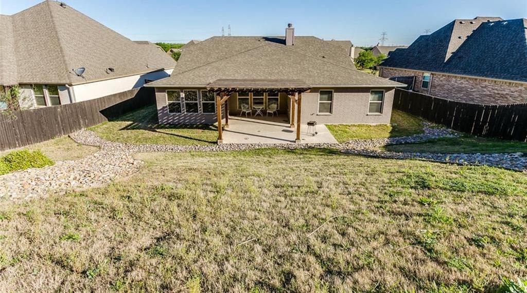 Sold Property | 529 Magnolia Parkway Benbrook, Texas 76126 7