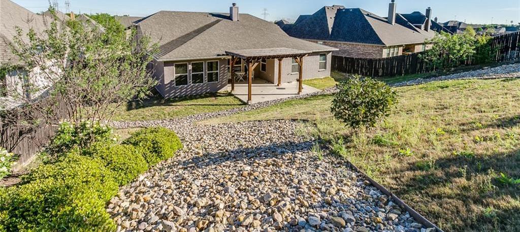 Sold Property | 529 Magnolia Parkway Benbrook, Texas 76126 9