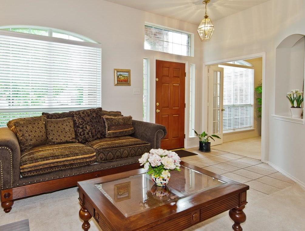 Sold Property | 4709 Pine Ridge Lane Fort Worth, Texas 76123 3