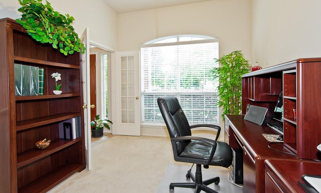 Sold Property | 4709 Pine Ridge Lane Fort Worth, Texas 76123 6