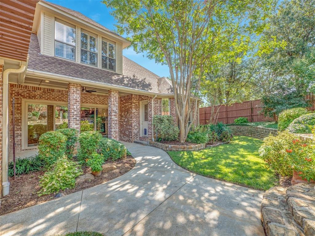 Active | 3902 High Point  Drive Grapevine, TX 76051 23