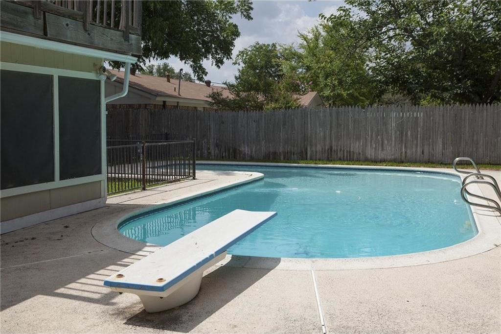 Sold Property   3820 Cresthill Road Benbrook, Texas 76116 35